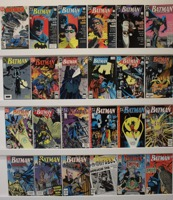 Batman        Lot Of 26 Books - Primary