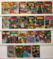 Batman     Lot Of 22 Books - Primary
