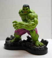 Bowen Designs Incredible Hulk Painted Statue - Primary