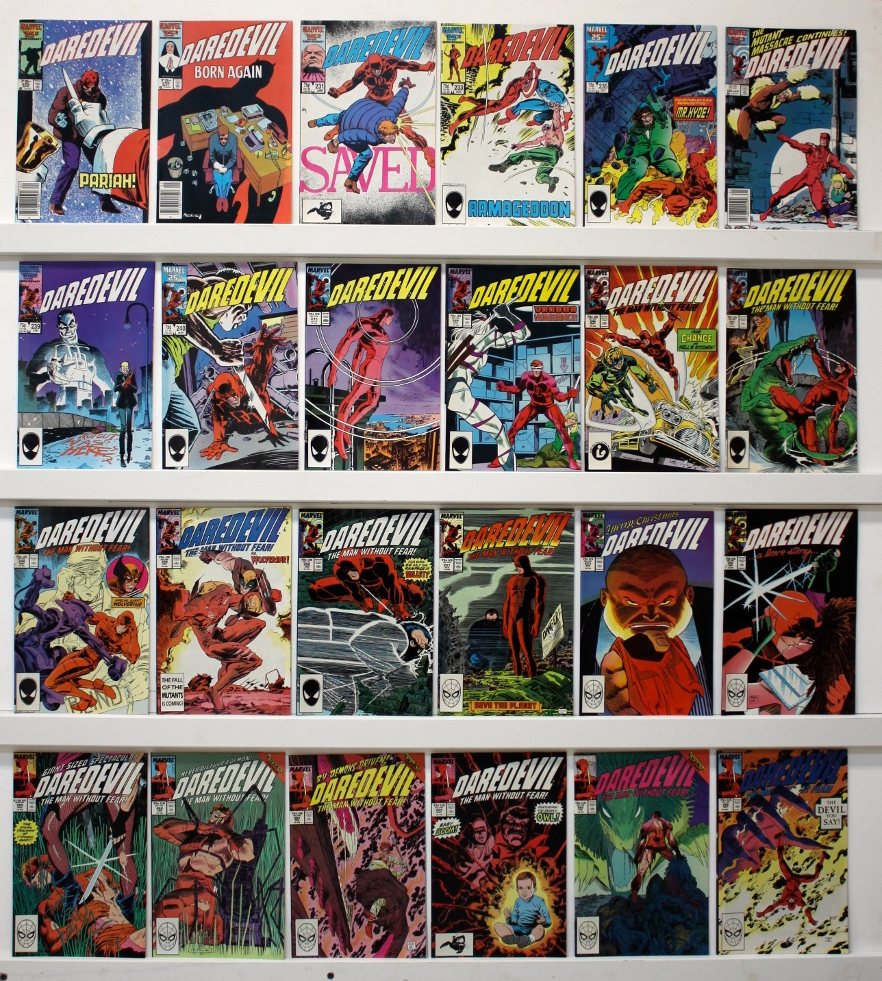 Daredevil     Lot Of 52 Comics - 21186